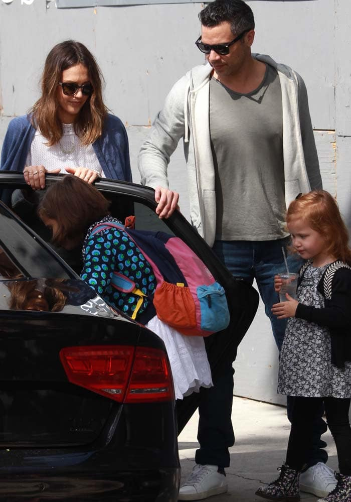 Jessica Alba and her family go grocery shopping in Beverly Hills