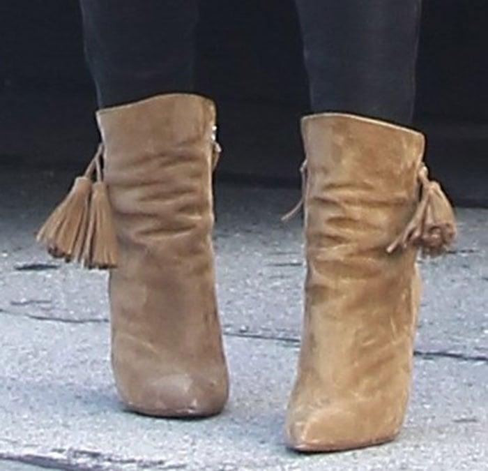 Lily-Aldridge-Isabel-Marant-Leyton-Suede-Tassel-Boots-1