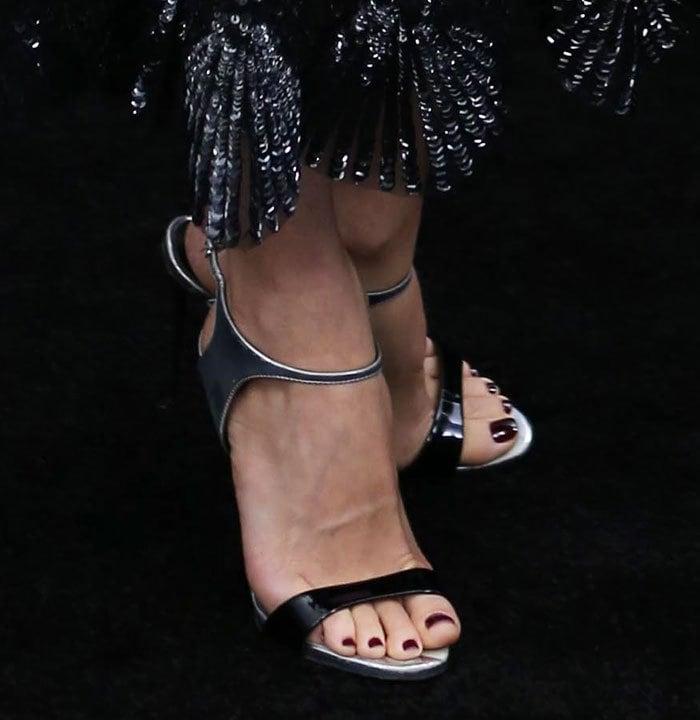 Naomi-Watts-Giuseppe-Zanotti-patent-metallic-ankle-wrap-sandals