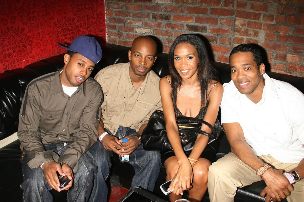 """Omar Grant, Tim Weatherspoon, Michelle Williams, and Tyrone Murray at the celebration of Kelly Rowland's new Album """"Ms. Kelly"""" benefiting LIFEbeat"""