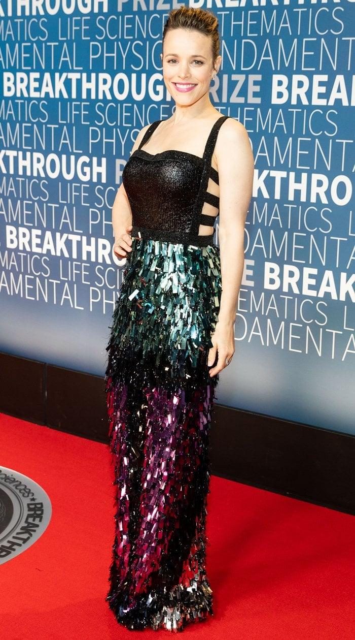 Rachel McAdams ina beaded bondage Rami Kadi Couture gown featuring laser-cut metallic sequin appliqués