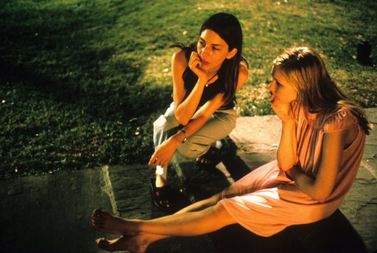 Director Sofia Coppola and Kirsten Dunst on the set of the 1999 American psychological drama film The Virgin Suicides
