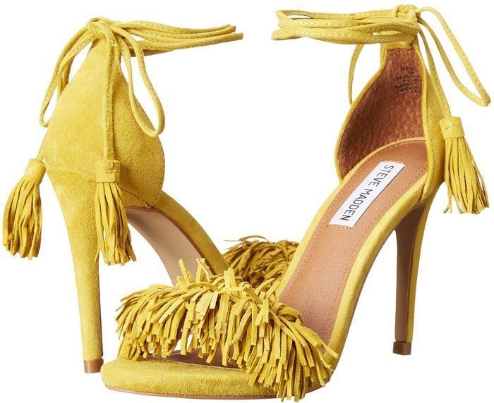 Steve Madden Sassey in Yellow Suede
