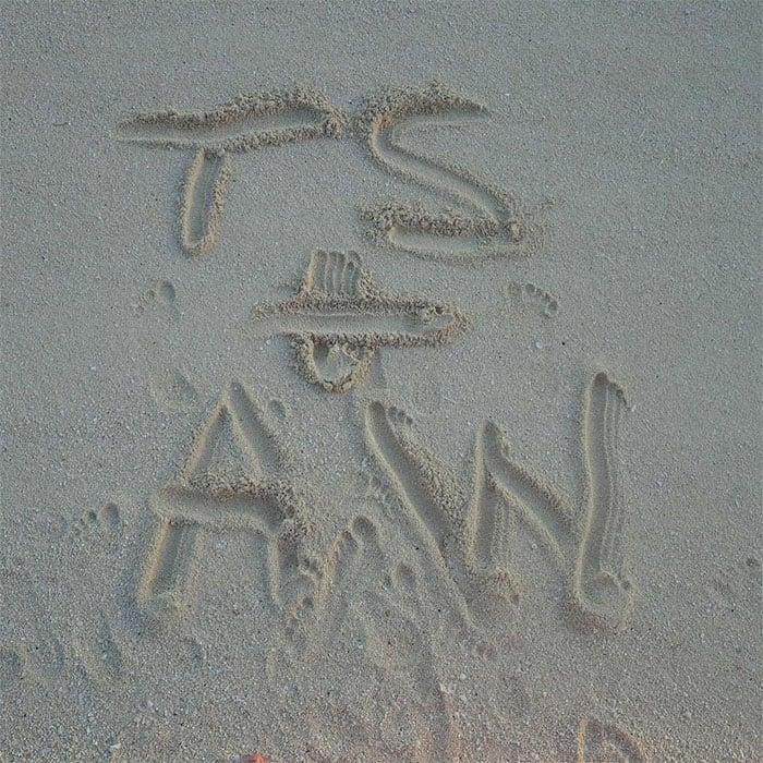 Taylor Swift Calvin Harris vacation pics 1