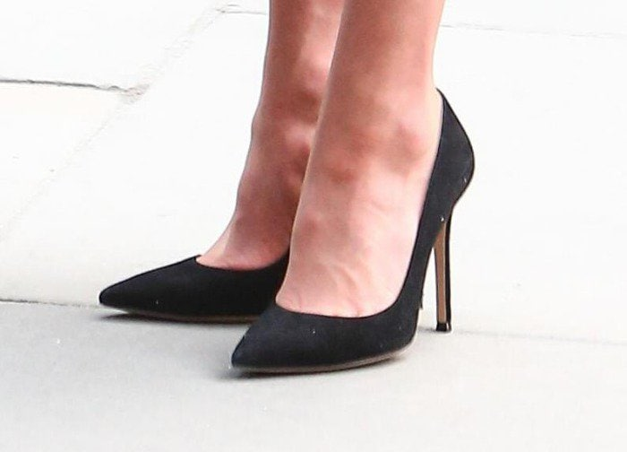 kate middleton gianvito rossi suede pumps