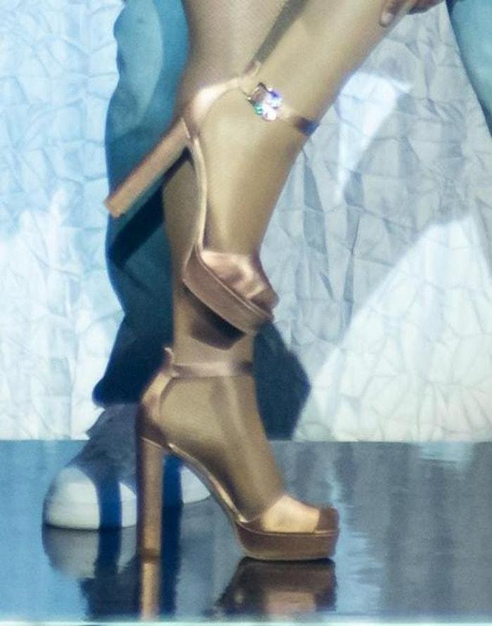 Mariah Carey's feet in platform sandals