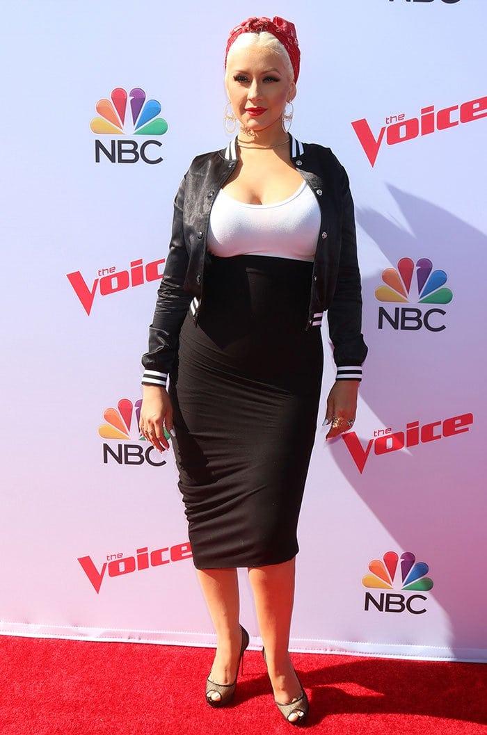 Christina-Aguilera-The-Voice-Karaoke-for-Charity