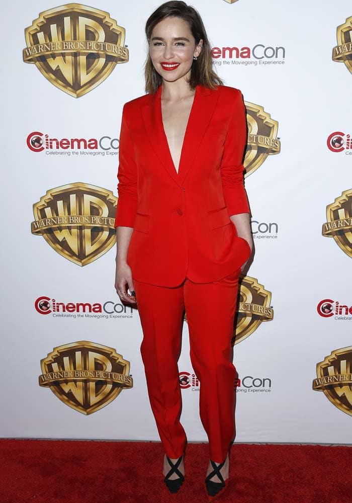 Emilia Clarke CinemaCon Kurt Geiger 3