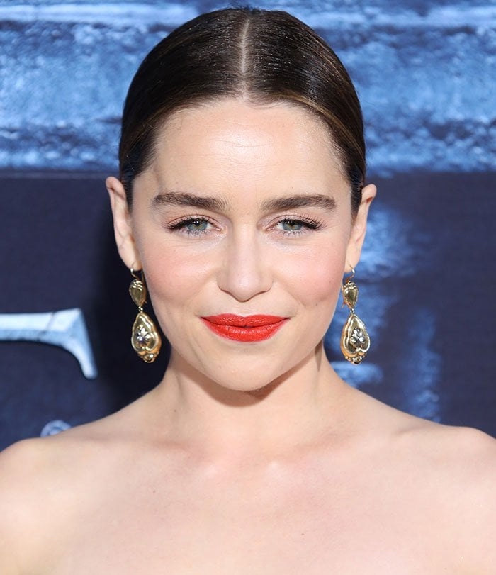 Emilia-Clarke-center-parted-ponytail-red-lipstick