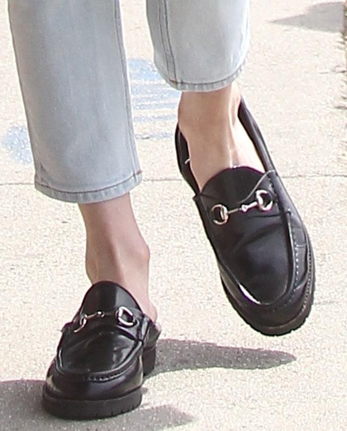 Emma-Roberts-Gucci-Horsebit-detailed-loafers-1