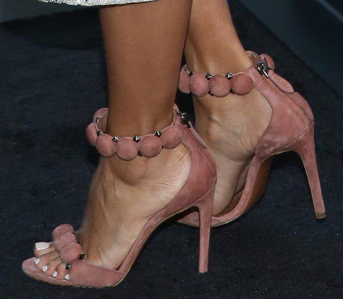 Eva-Longoria-Alaia-Sandals