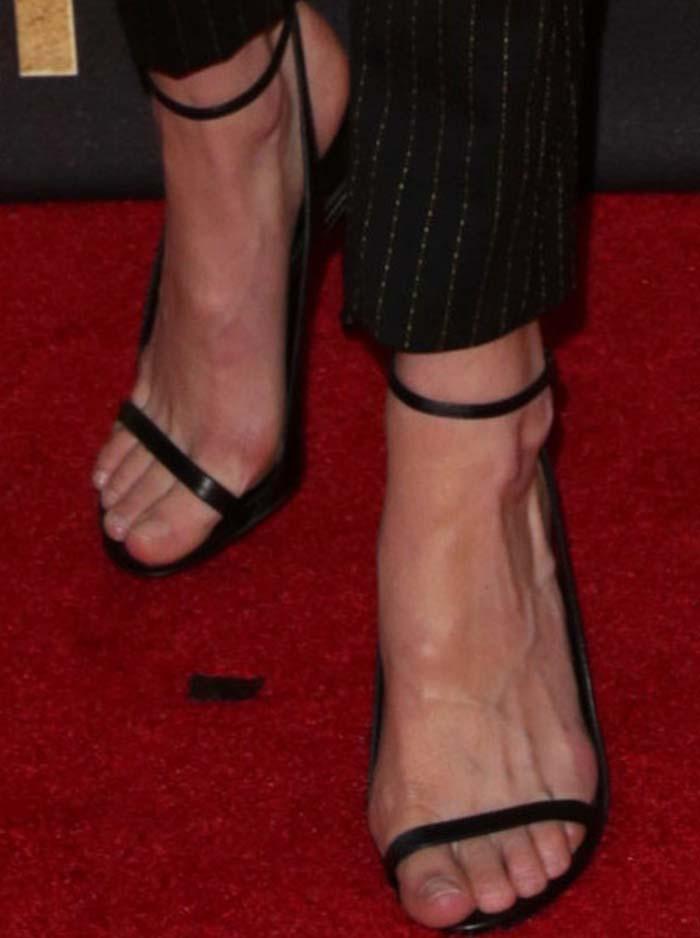 Gigi Hadid MTV Movie Awards Tom Ford 3