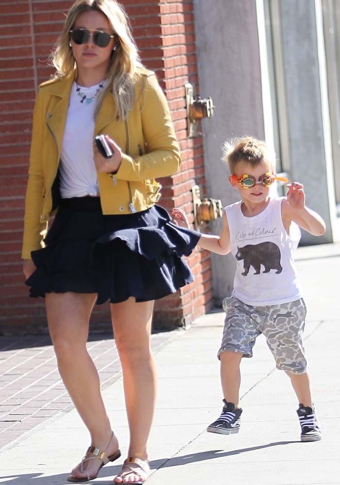 Hilary Duff Luca Shopping Giuseppe Zanotti 4