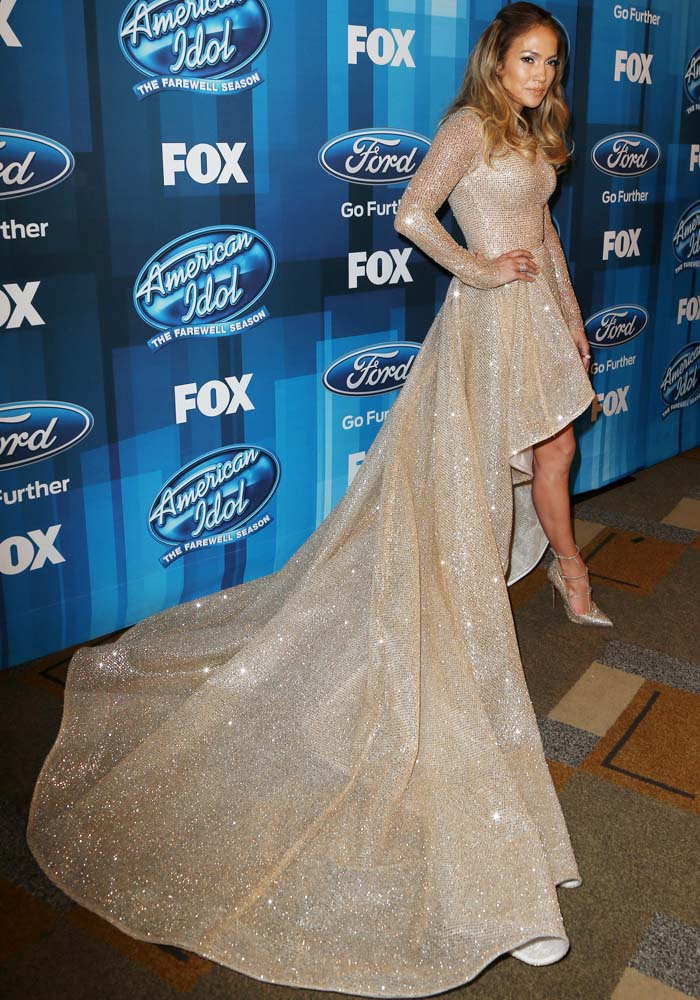 Jennifer Lopes knew that her Elie Madi dress was the one to wrap up the 15-year American Idol run with
