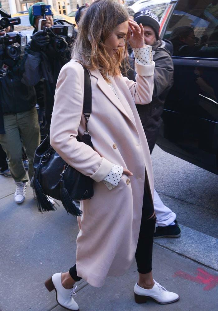 Jessica Alba New York White Brogues 3
