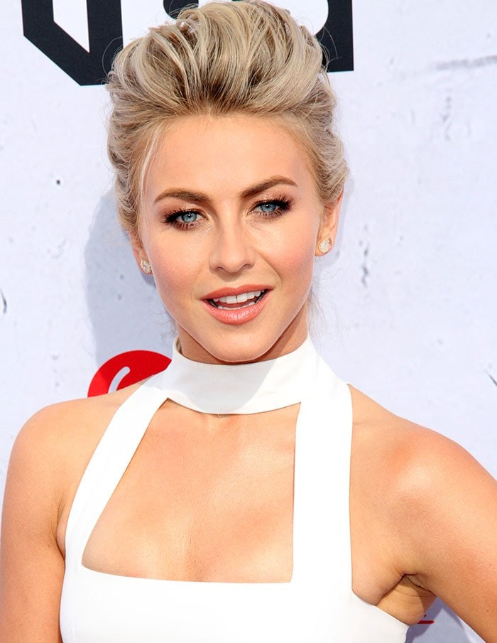 Julianne-Hough-updo-makeup