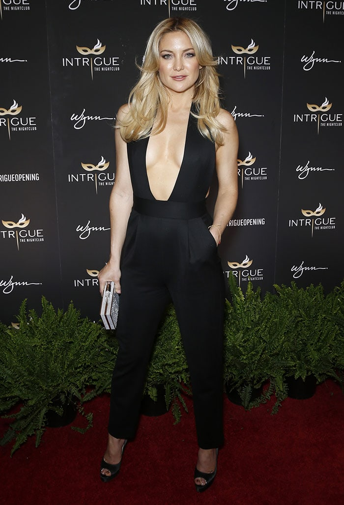 Kate-Hudson-Grand-Opening-Intrigue-Nightclub