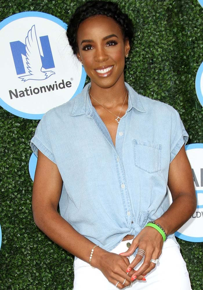 "Kelly Rowland at the ""Safe Kids Day 2016"" held at the Smashbox Studios in Los Angeles on April 24, 2016"