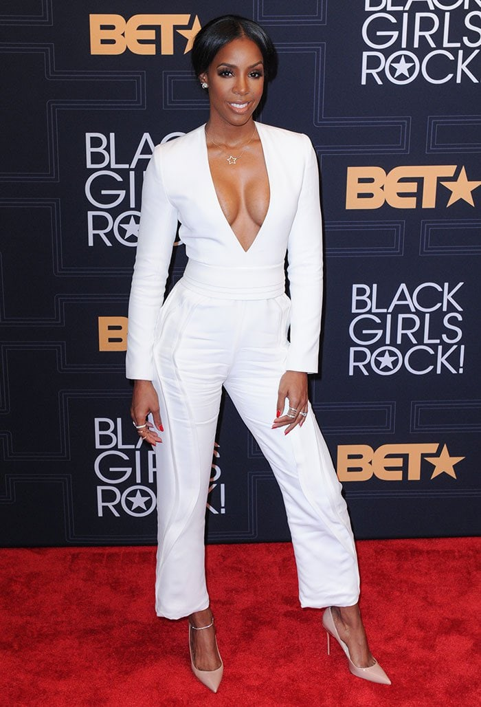 Kelly-Rowland-white-plunging-jumpsuit-BET-Black-Girls-Rock