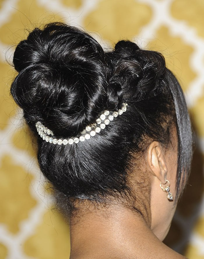 Kerry-Washington-updo-hair-accessory