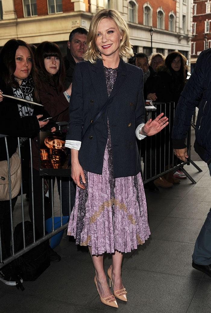 Kirsten-Dunst-lilac-floral-dress-blue-blazer