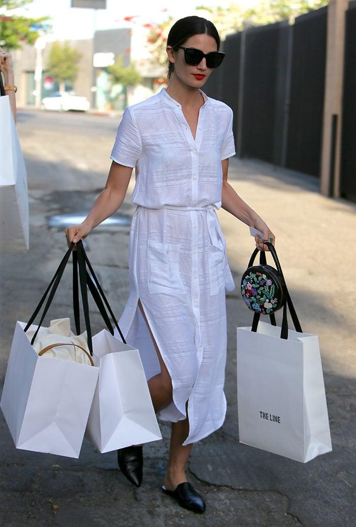 Lily-Aldridge-white-dress-shopping
