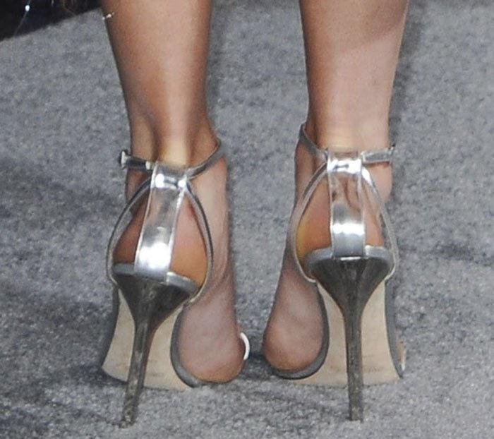 Maisie-Williams-Jimmy-Choo-silver-sandals