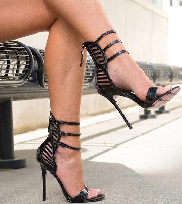 Miss Skully - Black Patent Lea Taylor Says Model