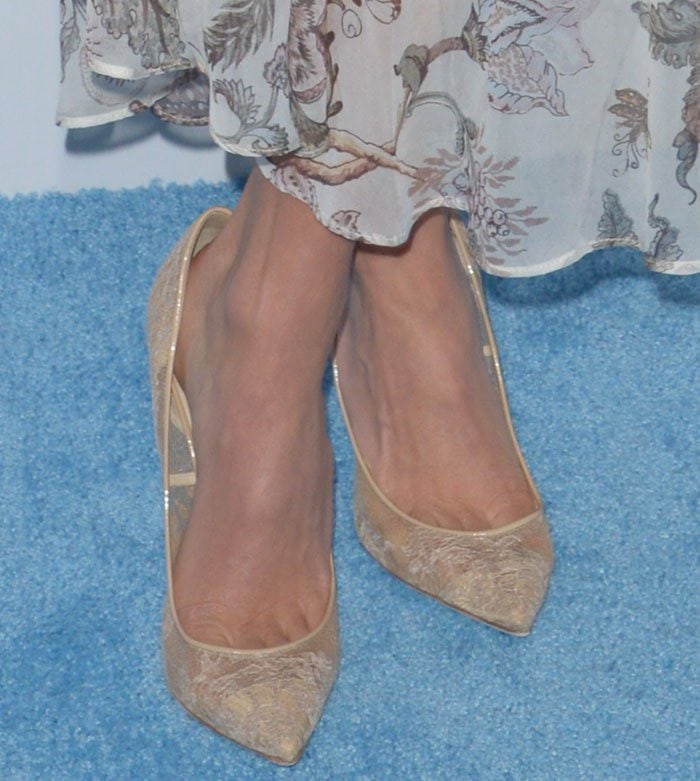 Nikki-Reed-Nude-Lace-Pumps-1