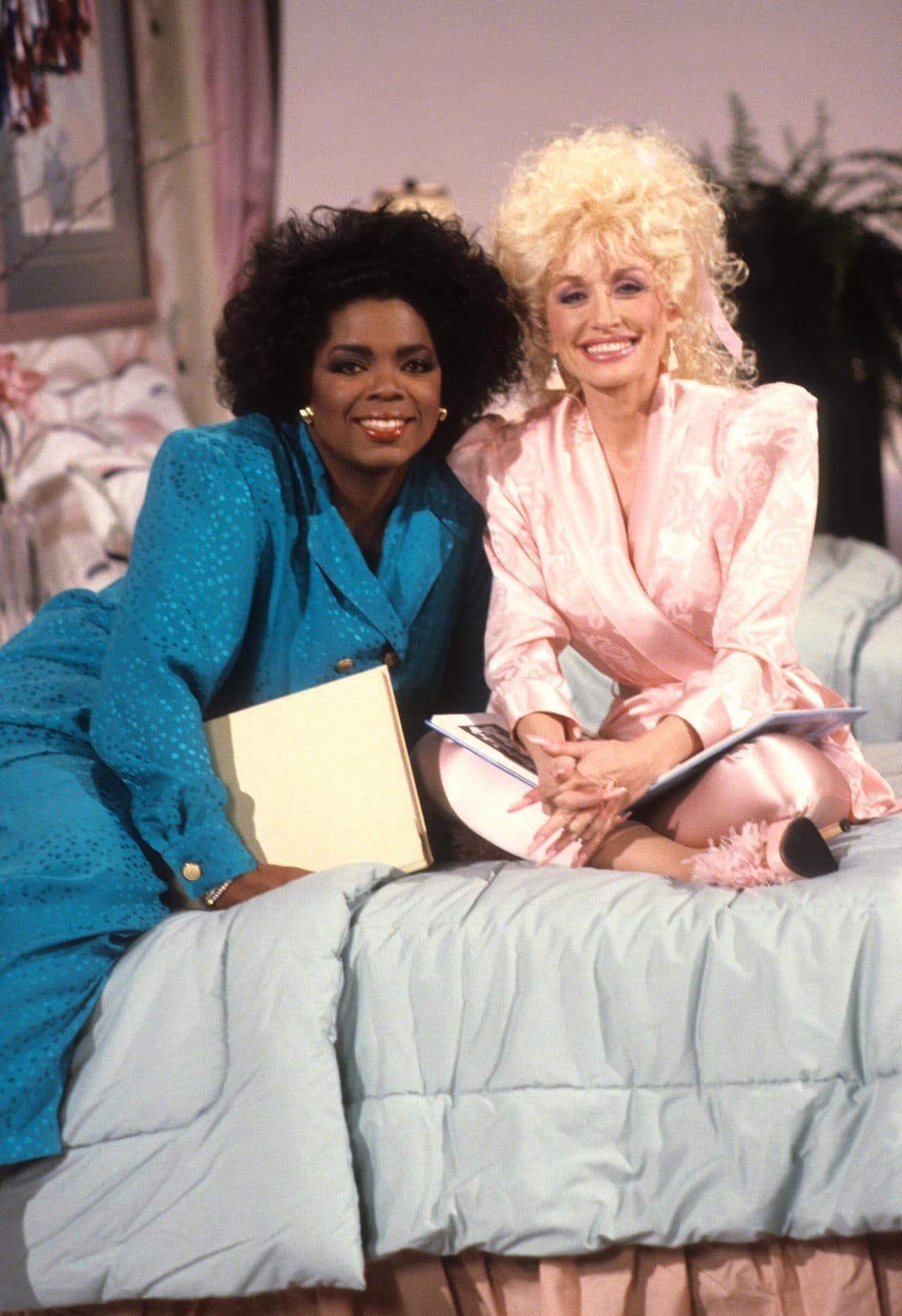 Oprah Winfrey and Dolly Parton on the American variety show Dolly in 1987