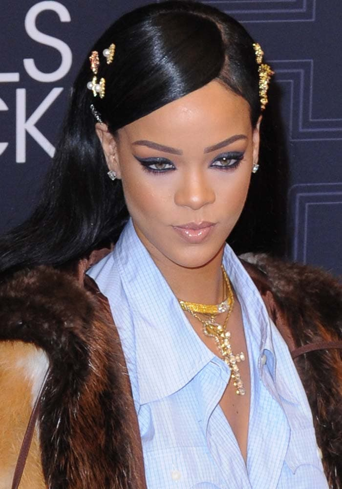 Rihanna's oversized jeweled necklaces by Le Vian