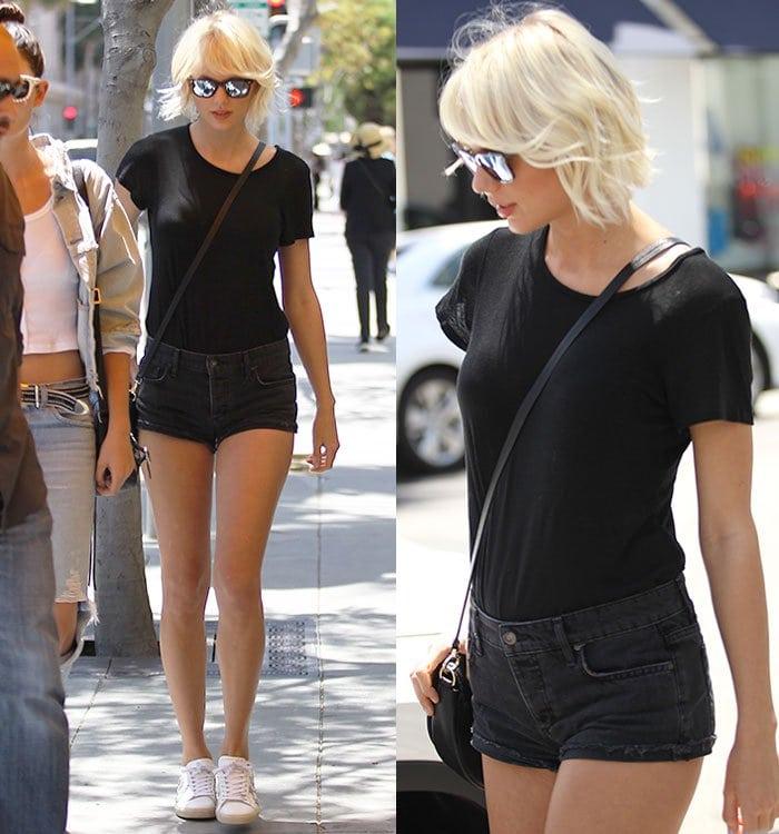 Taylor-Swift-legs-tiny-denim-shorts-black-tee
