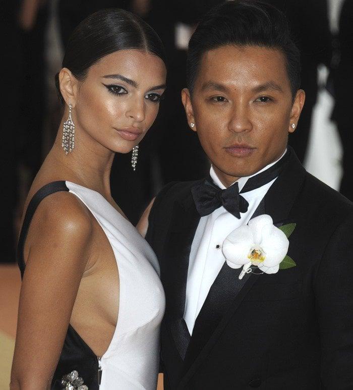 Emily Ratajkowski posing with Singapore-born Nepali fashion designer Prabal Gurung