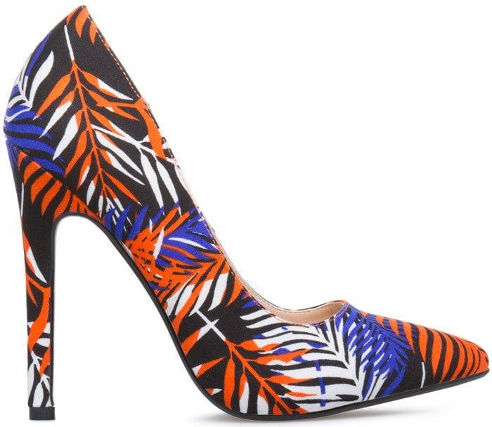 Colorful Patterned Pointy-Toe Pumps in Black Multi