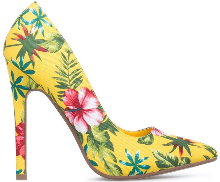Colorful Patterned Pointy-Toe Pumps in Yellow Floral