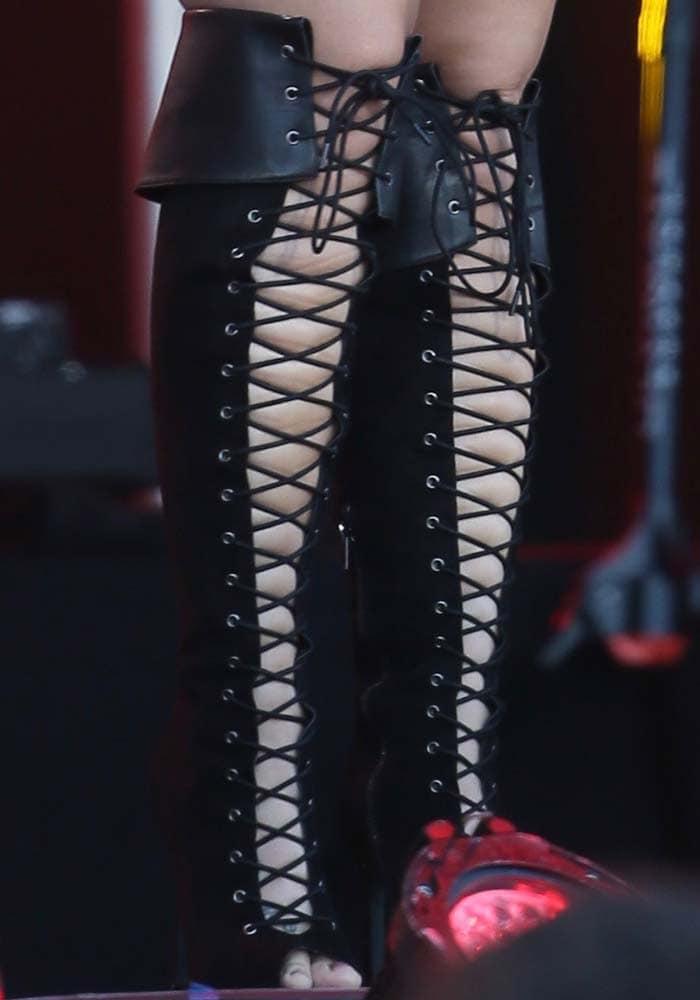 Demi Lovato Jimmy Kimmel Nasty Gal 3