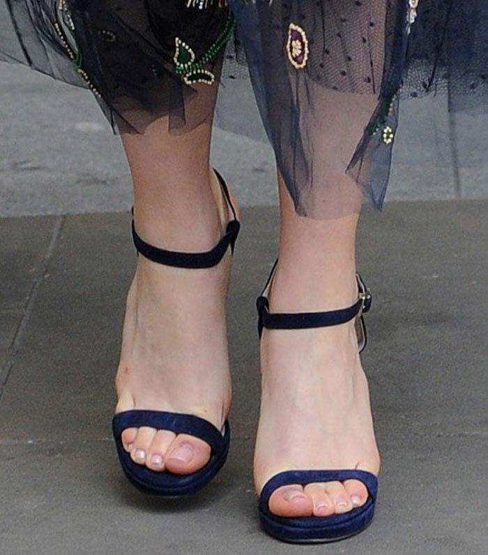 Emilia-Clarke-Jimmy-Choo-Claudette-Sandals