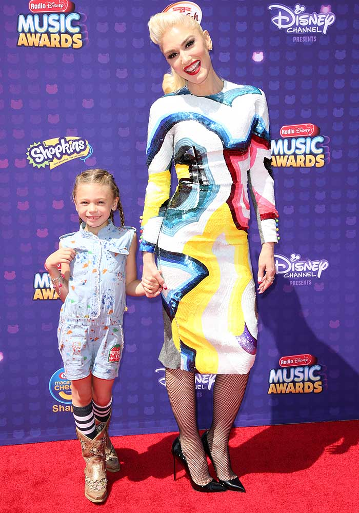 Celebrities attend 2016 Radio Disney Music Awards at Microsoft Theater. Featuring: Gwen Stefani, guest Where: Hollywood, California, United States When: 01 May 2016 Credit: Brian To/WENN.com