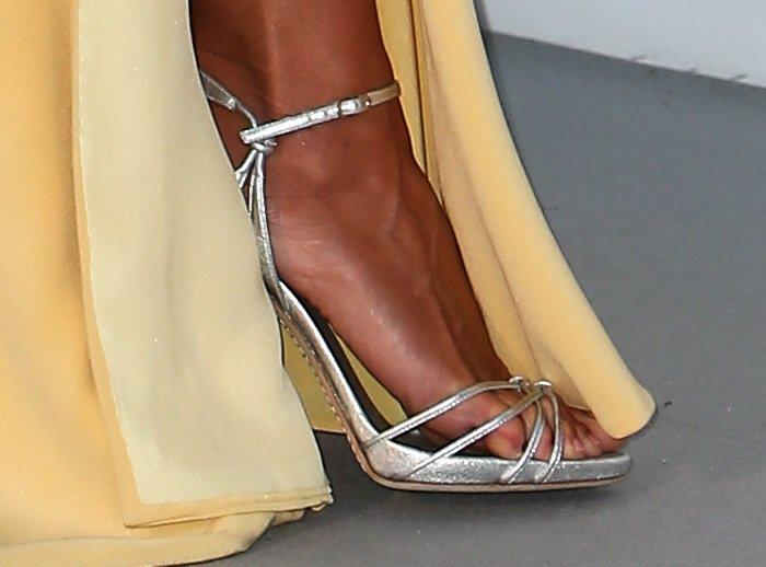 Heidi Klum amfar 2016 shoes