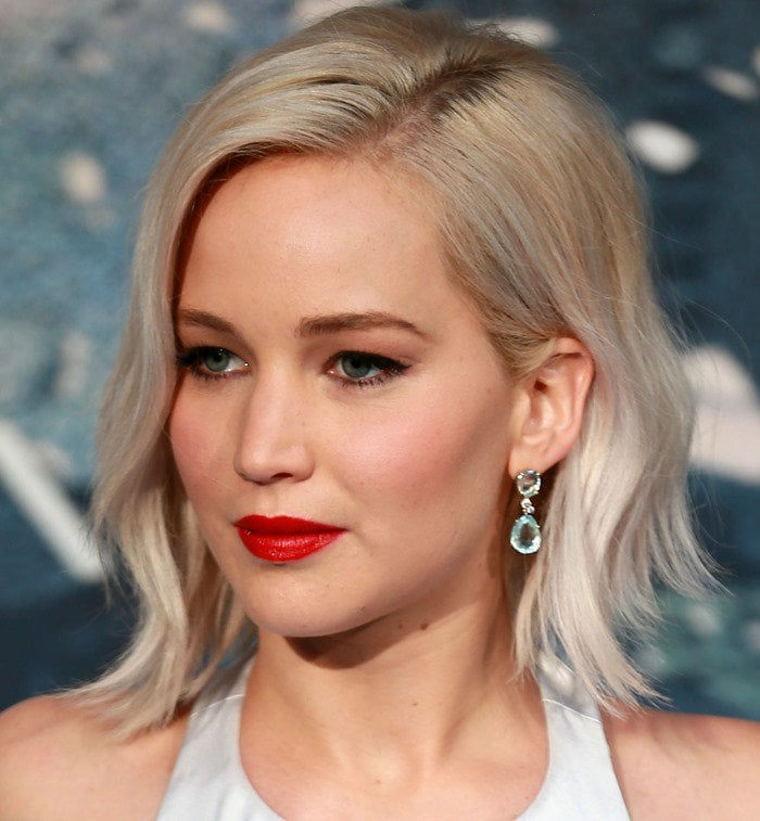Jennifer Lawrence styled the Marilyn Monroe-esque gown with Pomellato jewelry