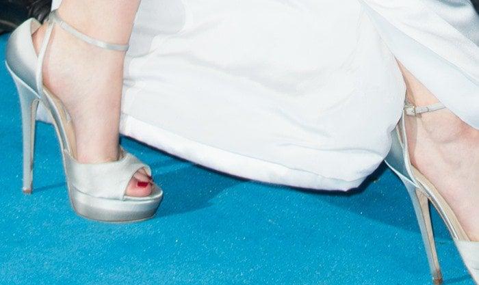 Jennifer Lawrence in Jimmy Choo Pearl sandals