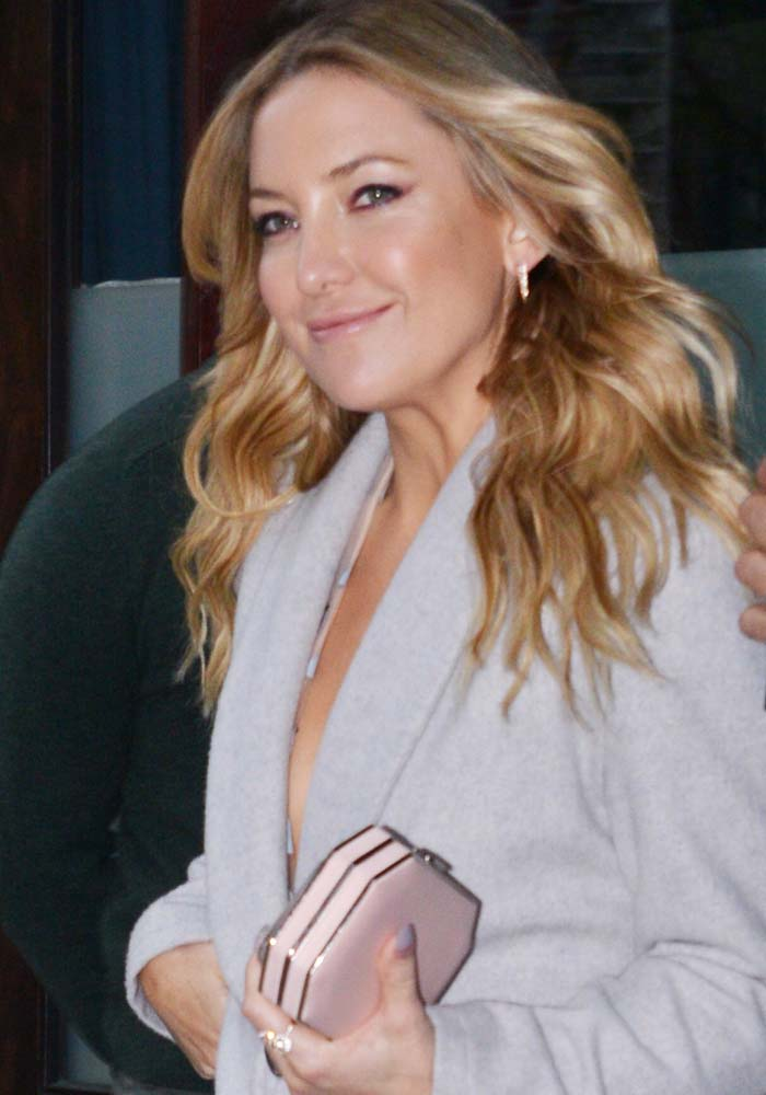 Kate Hudson leaves her hotel to attend Cinema Society's screening of 'Mother's Day' on April 29, 2016