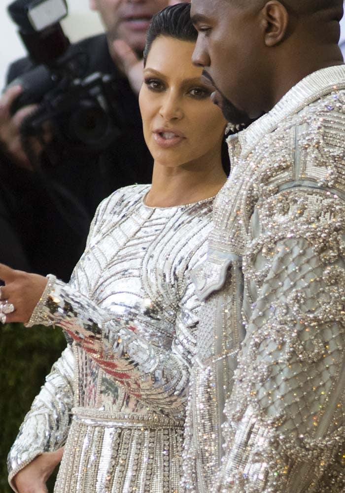 Kim Kardashian Met Gala 2016 Tom Ford 1