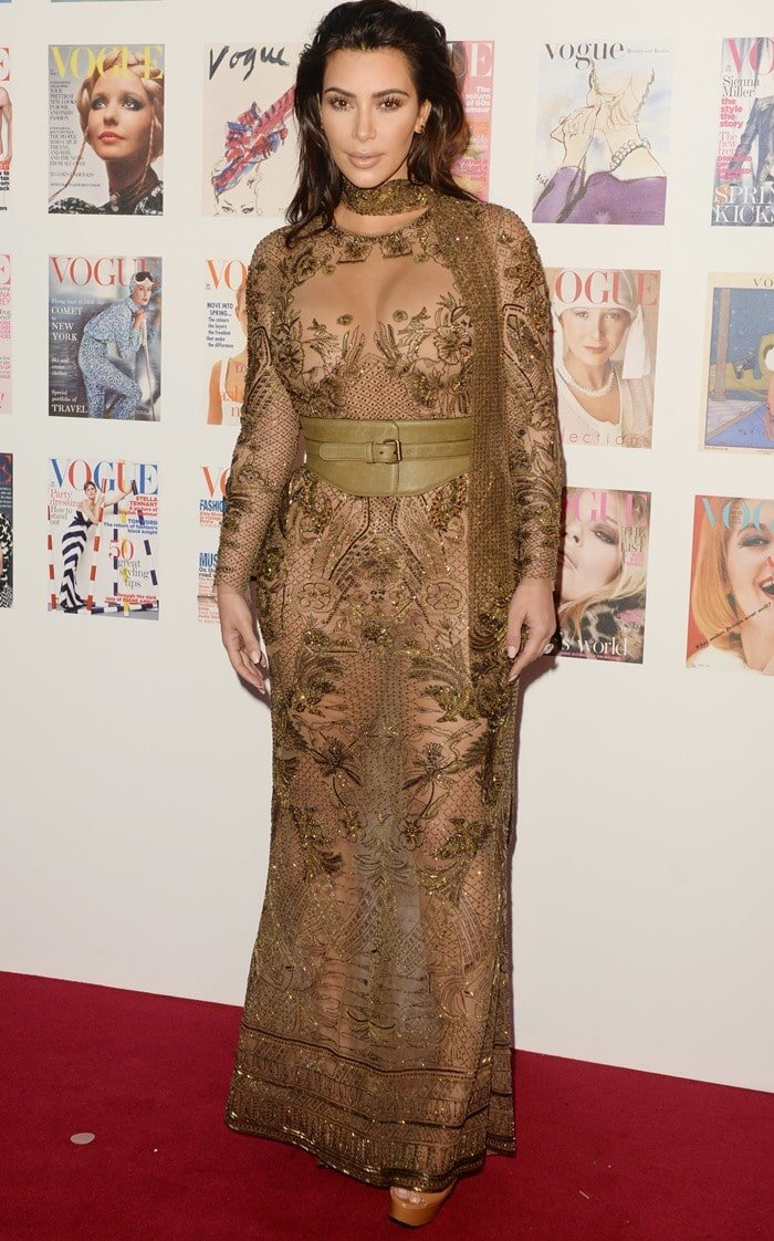 Kim Kardashian wears the ugliest dress in the world