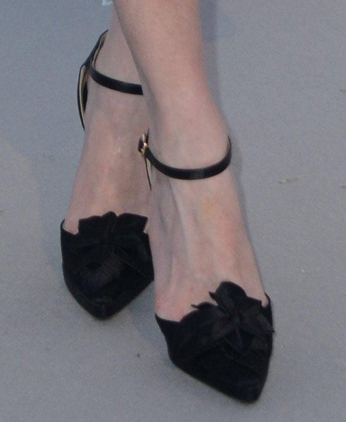 Kristen Dunst Amfar 2016 shoes2