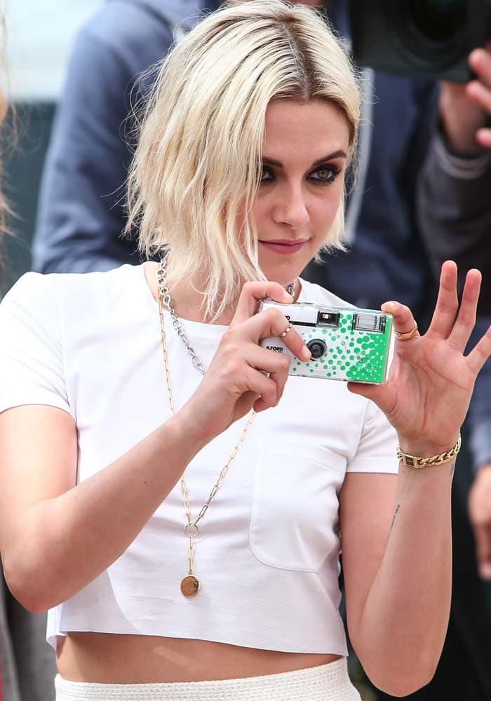 Kristen Stewart Cannes Cafe Society Christian Louboutin 1