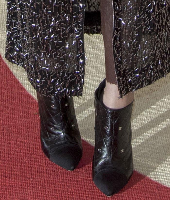 Kristen-Stewart-Chanel-quilted-booties