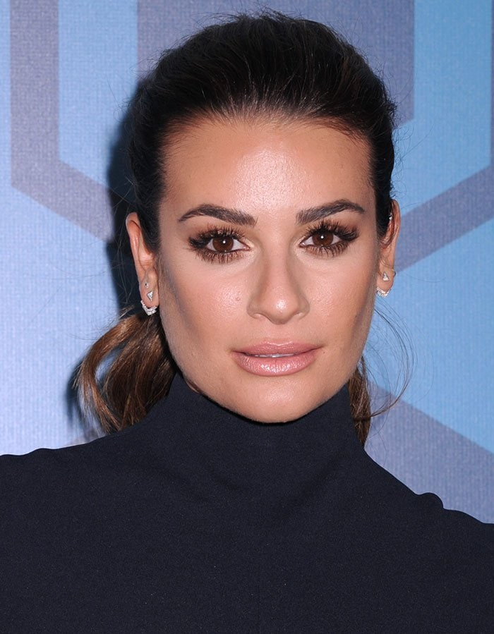 Lea Michele's dramatic eye-makeup and nude pink lipstick