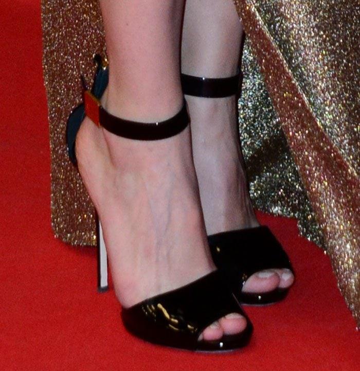 Marion-Cotillard-Giuseppe-Zanotti-Patent-Ankle-Strap-Sandals