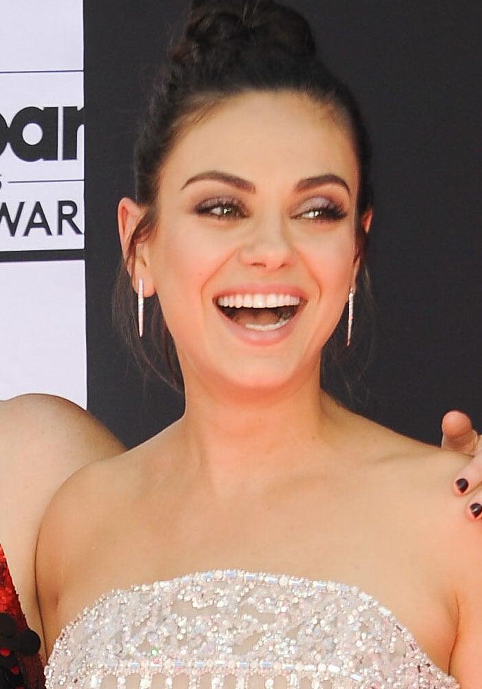 Mila Kunis Billboard Music Awards Neil J Rodgers 1
